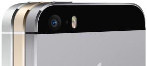 iPhone5sのiSightカメラレンズ