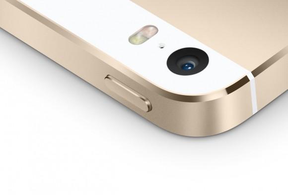 iPhone5sのレンズ