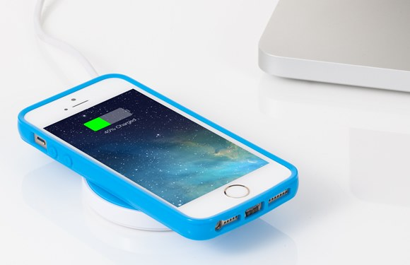 iPhone ワイヤレス 充電器
