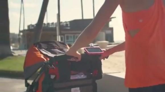 iPhone ベビーカー