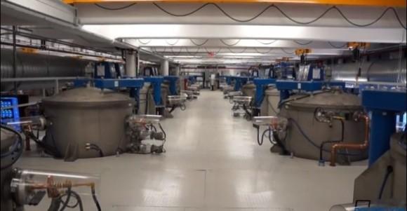 iPhone 6用に最大年間2億台分のサファイヤスクリーンを製造準備中