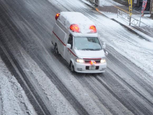携帯各社、緊急時に警察・消防等へ位置情報提供開始。救出率向上に期待