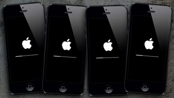 iOS 7にアップデート中