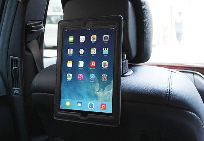 iPad 車載ホルダー