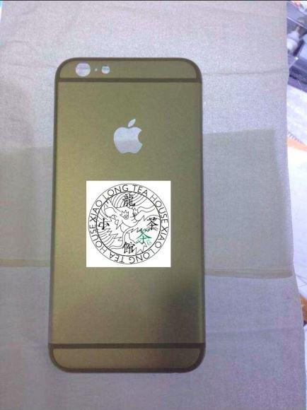 iPhone6の背面パネル写真が流出!