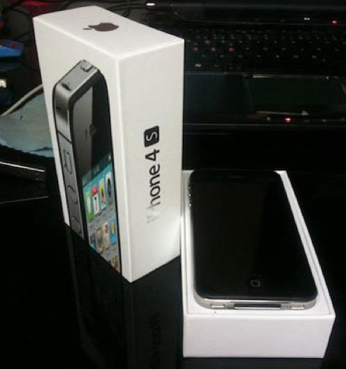 フライング配送されたiPhone4s