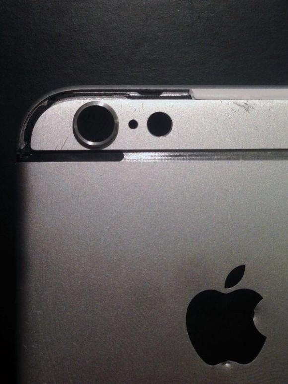 傷だらけのiPhone6背面ケースの画像が流出!