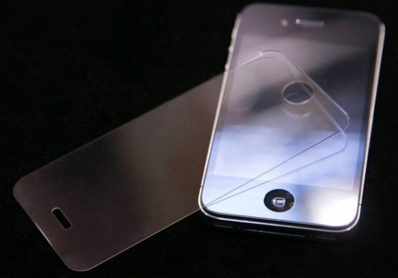 次世代iPhoneは3Dディスプレイ搭載?