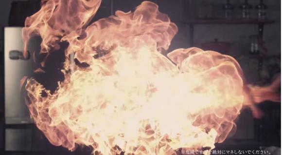 ドコモ、3秒でエビフライを作る動画でLTEの速さをアピール!?