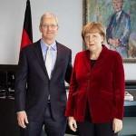 アップルのクックCEO、ドイツのメルケル首相と会談