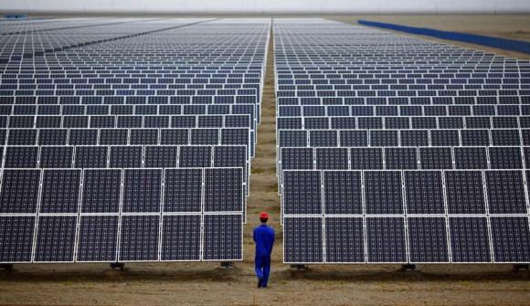 太陽光 アップル ソーラーパネル