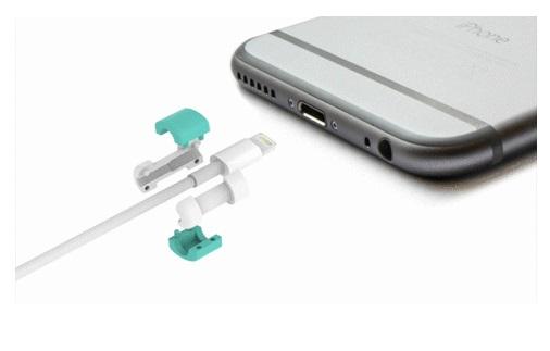 iPhone ケーブル カバー