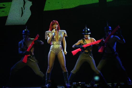 Rihanna_Concert