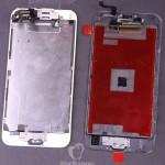 iPhone6(左)とiPhone6s(右)のディスプレイパネル裏面比較