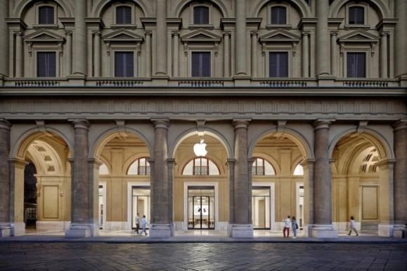 Apple Store フィレンツェ