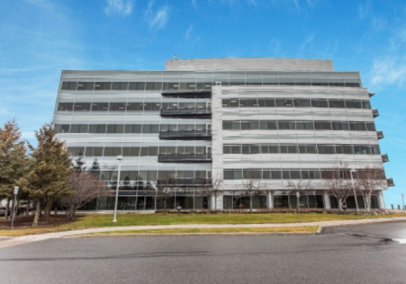 カナダ Apple 研究開発施設