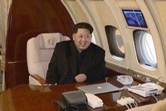 北朝鮮の国家元首、金正恩氏とMacBook Pro