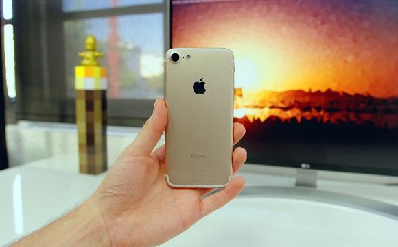 「iPhone7」のモックアップ