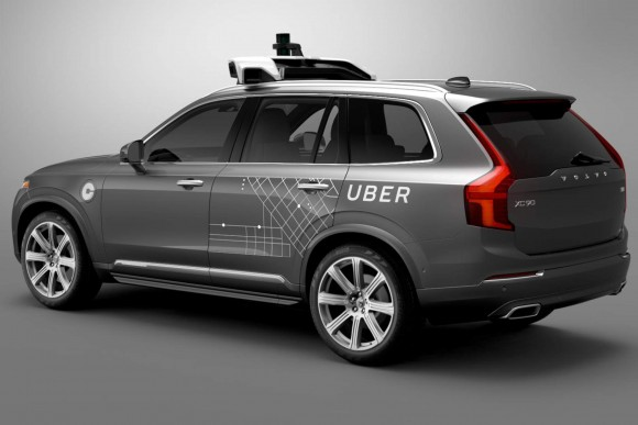 Uber Volvo 自動運転