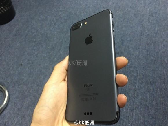 iPhone7 Plus スペースブラック
