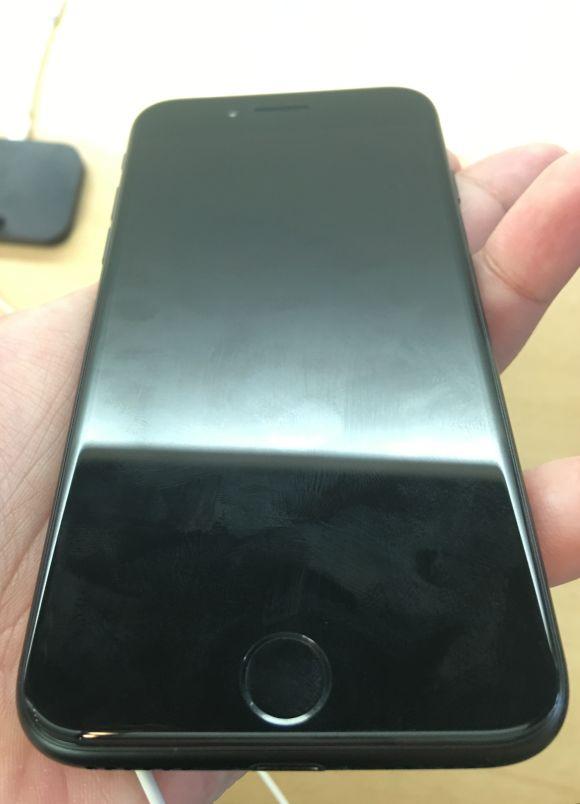 展示 iPhone7 ブラック