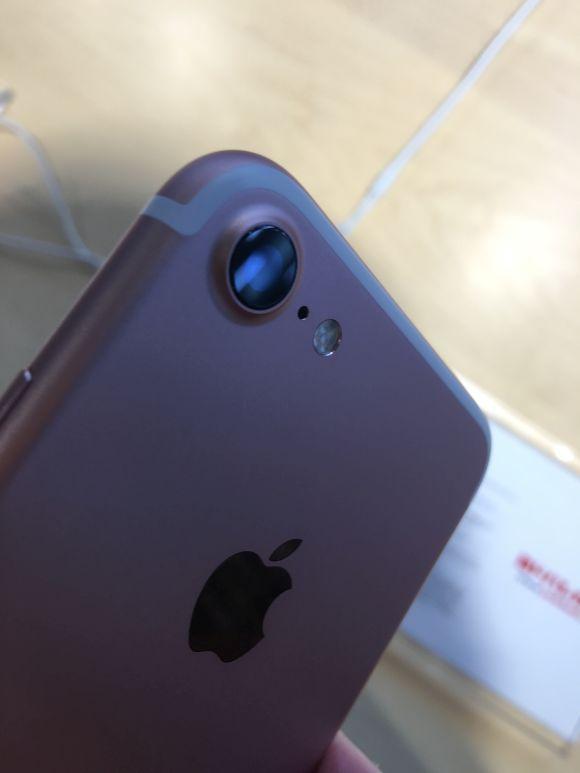 展示 iPhone7 ローズゴールド