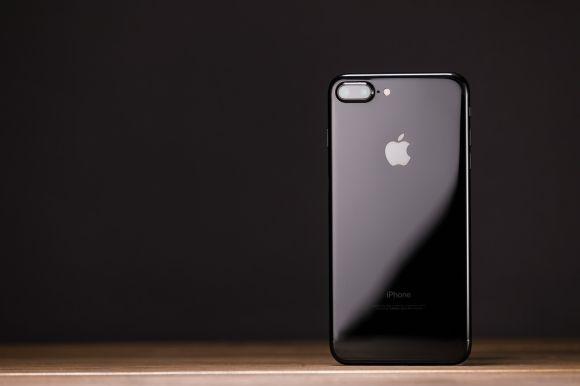 iPhone7 ジェットブラック フリー素材
