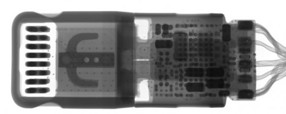 iphone7 lightning 3.5mm アダプタ