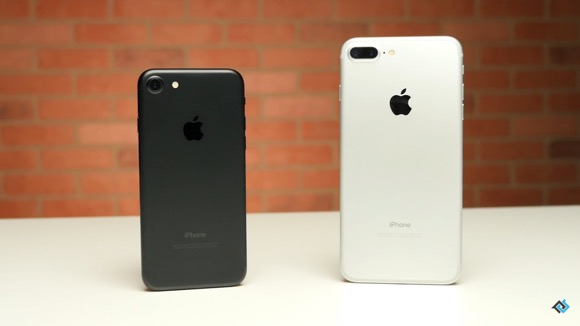 iPhone7とiPhone7 Plus 対決