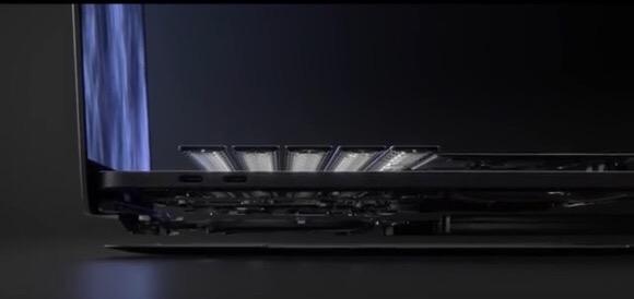 MacBook Pro パロディ