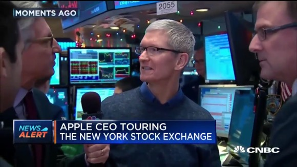 Apple ティム・クックCEO NYSE