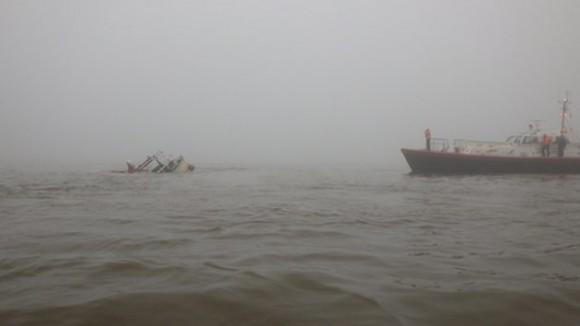 ipad_boat