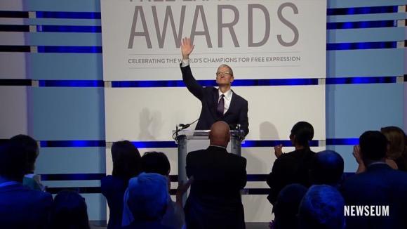 ティム・クックCEO 「言論の自由賞」