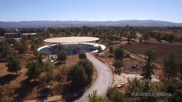 Apple Park 2017年8月 Matthew Roberts