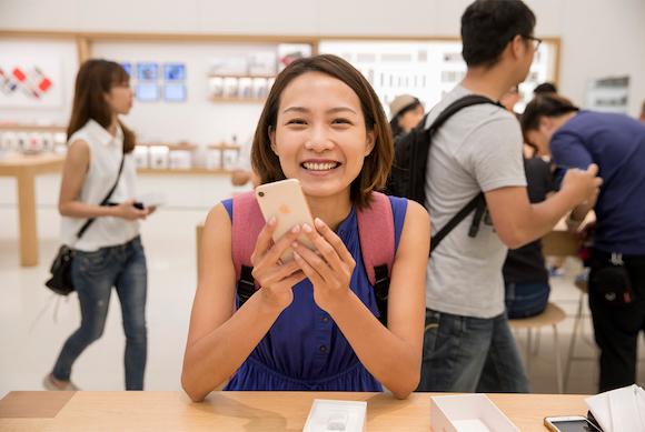 iPhone8 発売日 Apple