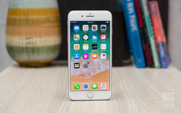 iPhone8 Plusは歴代iPhone中、最も重い - iPhone Mania