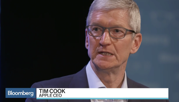 Apple ティム・クックCEO Bloomberg