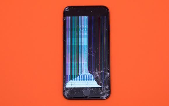 Tom's Guide 耐久性テスト iPhone 8