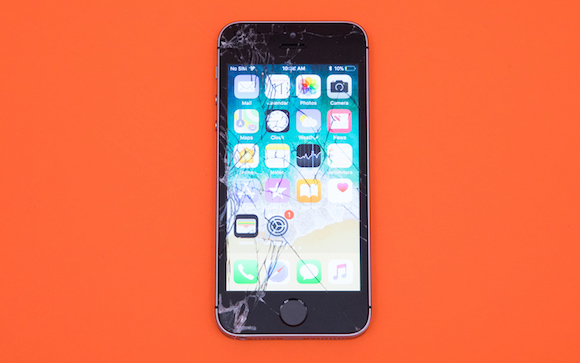 Tom's Guide 耐久性テスト iPhone SE