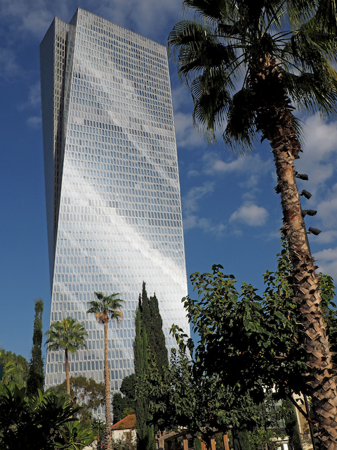 Azriely Sarona tower