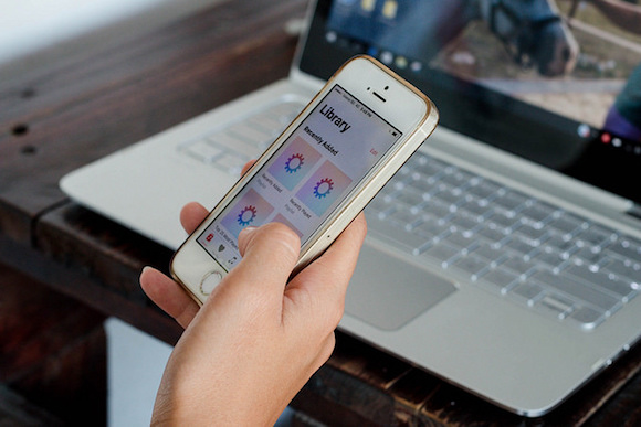 SmartPhone laptop Flickr/Marco Verch