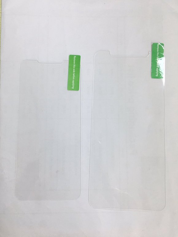 iPhone SE 2 ガラスフィルム ソニー・ディクソン氏 Twitter