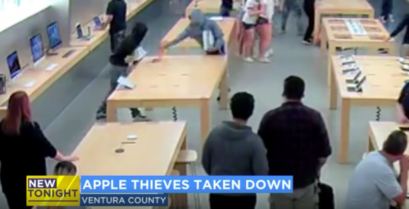 iPhone アメリカ Apple Store 強盗犯