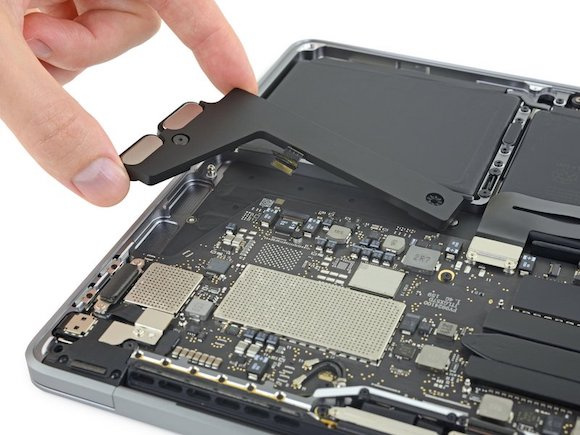 iFixit MacBook Pro (13-inch, 2019, Two Thunderbolt 3 ports)