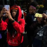 Apple_DRW-College-Prep-Students_100cameras-Chicago-Flagship-Program_110619_big.jpg.medium