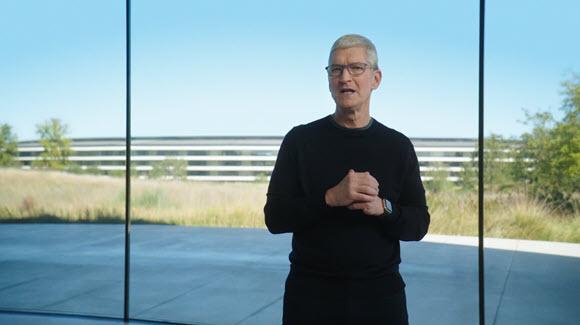 ティム・クックCEO、株主総会で「エキサイティングな」iPhoneを予告