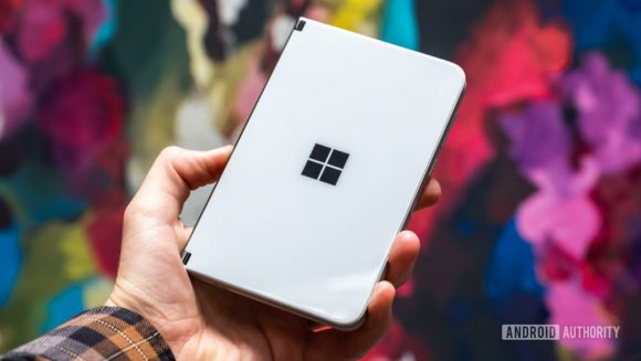 Microsoft Surfaceスマートフォン