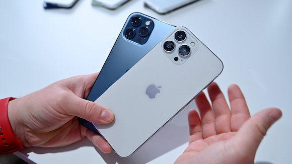 iPhone13 dummy iPhone12 7