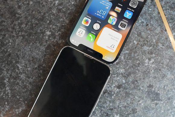 iPhone13 model_AppleTrack_5