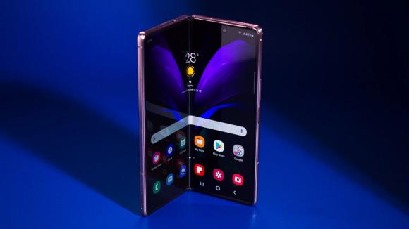 折りたたみスマホの出荷台数、2023年に10倍に~Samsungがシェアトップ